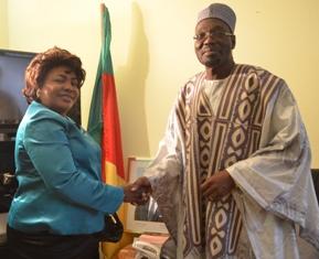 Marie Colombe et le ministre de la communication camerounais